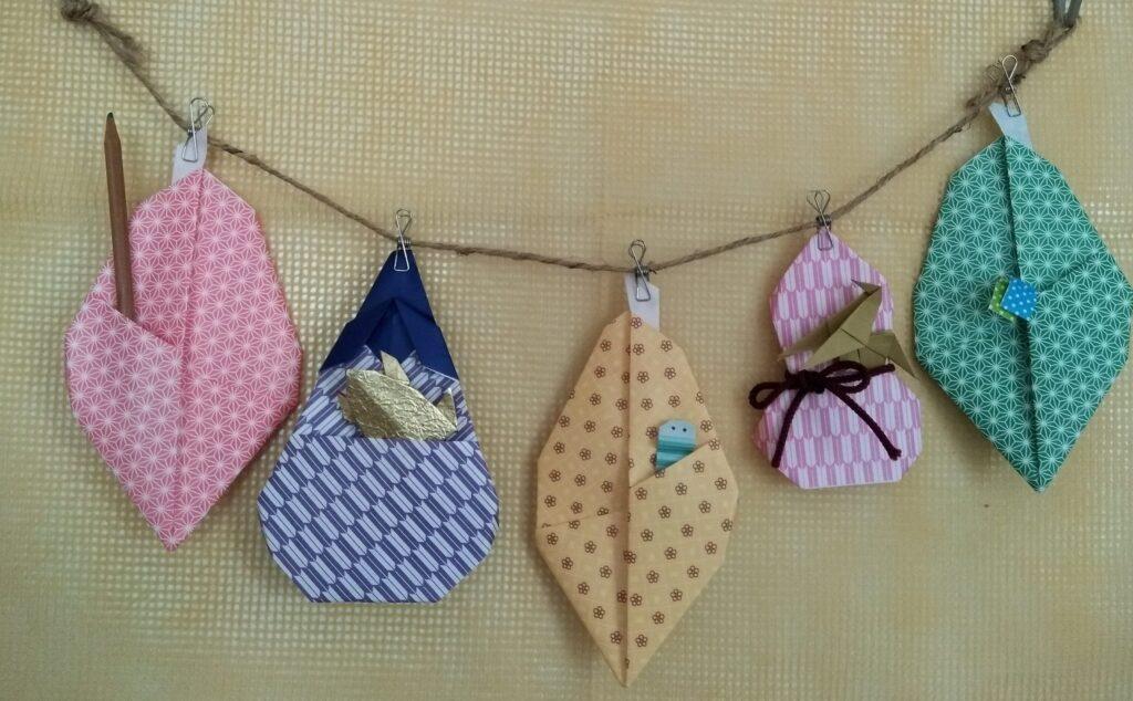 藤本祐子さんのポケット折り紙から秋のガーランドを作りました
